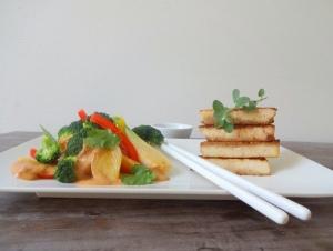 low-carb-Erdnuss-Gemüse-mit-Tofu