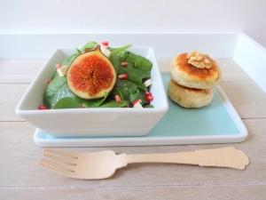 Herbstlicher-Salat-mit-Walnuss-Fladen