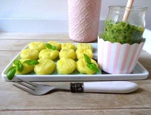 gnocchi-mit-rucola-walnuss-pesto-4-pfoten